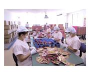 タヒボの製造工程-自社工場内での検品・包装作業
